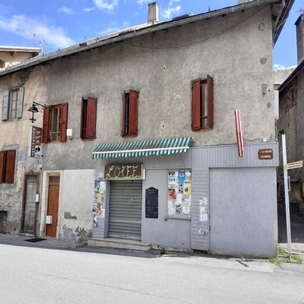 Offres de vente Maison de village Crots 05200